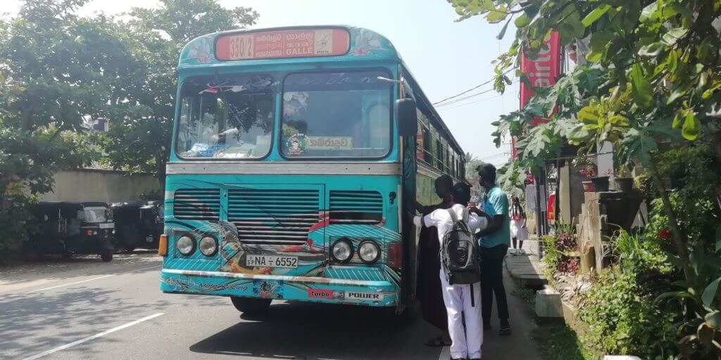 Sri Lanka bus