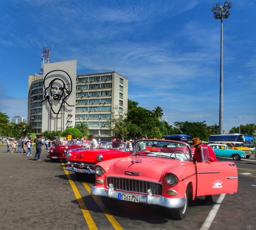 Street Classic Car Havana Cuba Budget Backpacker